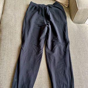 Lululemon lounge black pants size 4